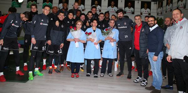 Beşiktaş'ta 8 Mart Dünya Kadınlar Günü kutlaması
