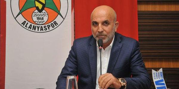 """Hasan Çavuşoğlu: """"Bu sene 10'un üzerinde verilmeyen penaltımız oldu"""""""