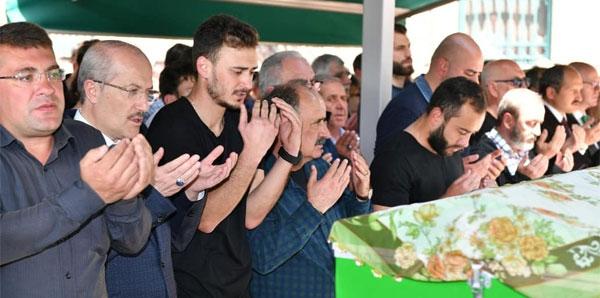 Milli futbolcu Olcan Adın'ın anne acısı