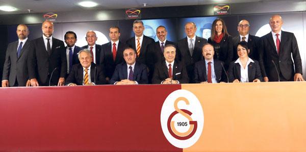 Galatasarayda Görev Dağılımı Yapıldı