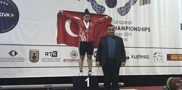 Dilara Narin bronz madalya aldı