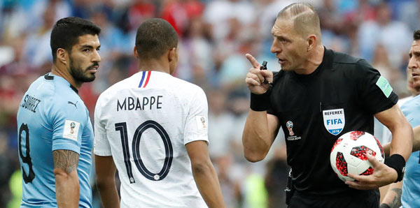 Fransa-Hırvatistan finalini Pitana yönetecek 87
