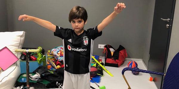 Milan ve Sasha Pique Beşiktaşlı oldu!