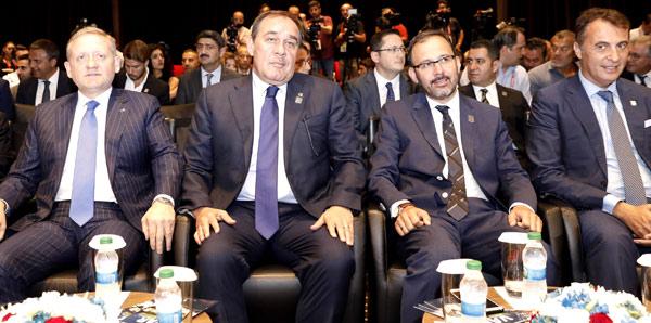 Mehmet Kasapoğlu ve Yıldırım Demirören'den VAR açıklaması
