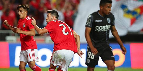 Benfica, lige galibiyetle başladı
