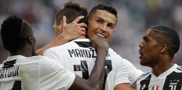 Juventus, Lazio'yu yıktı! Ronaldo...