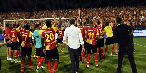 Göztepe'den taraftara teşekkür