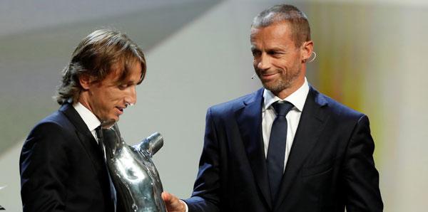 Avrupa'da yılın futbolcusu Luka Modric!