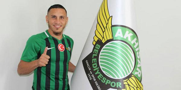 Akhisarspor Regattin ile imzaladı