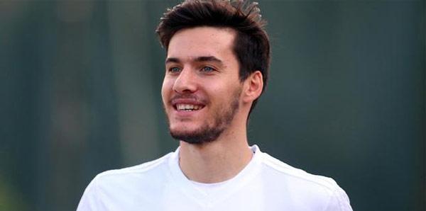 Umut Nayir Bursaspor'a kiralandı