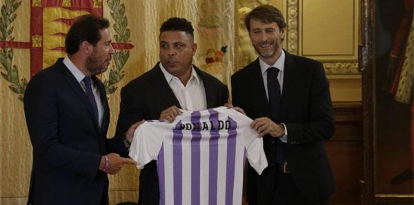 Ronaldo, İspanya'ya döndü