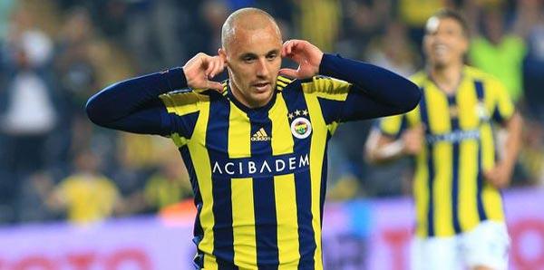 Fenerbahçe taraftarında Aatif şaşkınlığı