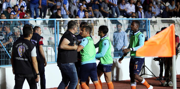 PFDK'dan Emre Belözoğlu ve Belhanda'ya ceza!