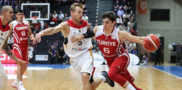 Almanya - Türkiye: 79 - 100
