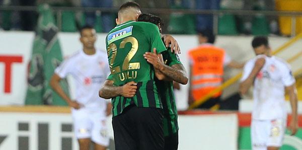 Akhisarspor 21 günde 6 maça çıkacak
