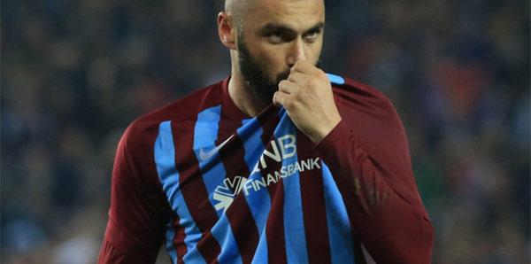 Burak Yılmaz'dan Trabzonspor'a cevap! 'Parayla ilgisi yok!'