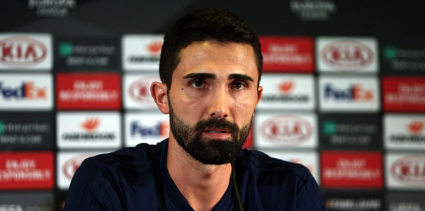 Fenerbahçe'de yeni kaptan Hasan Ali Kaldırım
