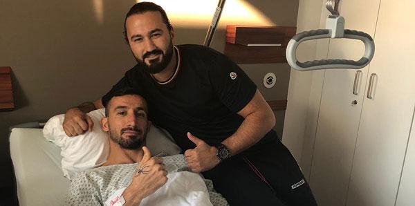 Mehmet Topal ameliyat edildi!