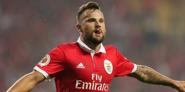 Benfica Galatasaray: Benfica, Galatasaray'ın Seferovic'i Kiralama Teklifine