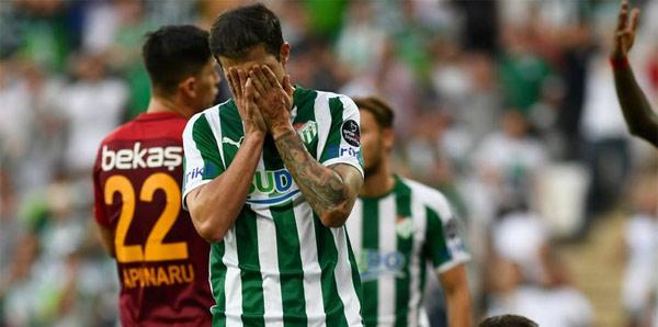 Bursaspor'da Stancu sözleşmesini feshetti!