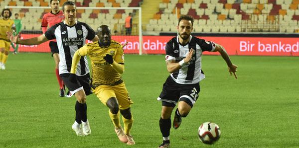 Evkur Yeni Malatyaspor - Etimesgut Belediyespor: 2-0
