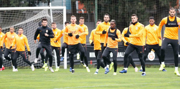 Galatasaray, Çaykur Rizespor mesaisi başladı