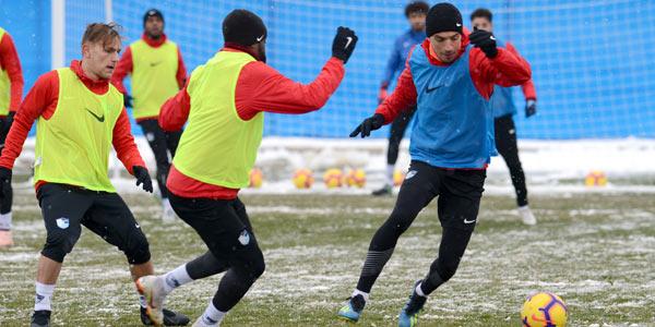 Erzurumspor, F.Bahçe'ye çift kale maçla hazırlandı