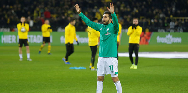 Nuri Şahin, Dortmund'da çiçeklerle karşılandı!