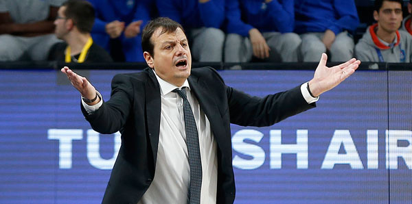 """Ergin Ataman: """"Hücumda çok iyi oynadık"""""""