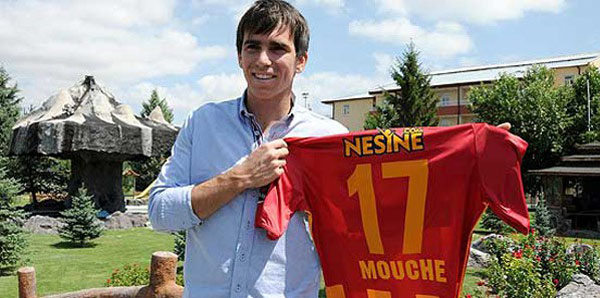 Adana Demirspor'da Sneijder olmadı Mouche geliyor