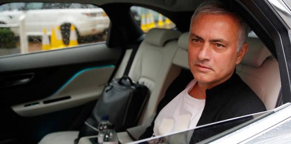 United, Mourinho ile tazminat anlaşması yaptı