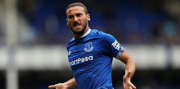 Cenk Tosun, Everton'dan ayrılmak istemiyor!