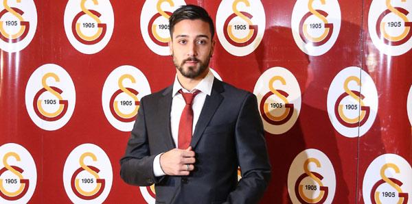 Galatasaray'la Tarık Çamdal'ın sözleşmesini feshetti