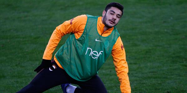 Ozan Kabak transferinin eli kulağında! 12 milyon euroya...