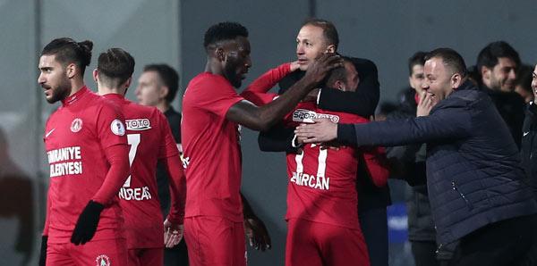 """Ahmet Taşyürek: """"Takımı bu maça motive etmeme gerek kalmadı"""""""