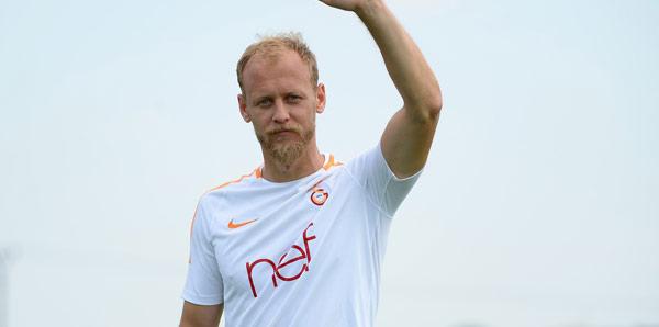 Semih Kaya yeniden Galatasaray'da! Sağlık kontrolünden geçti...
