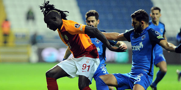 Galatasaray, deplasmanda Kasımpaşa'yı dağıttı!
