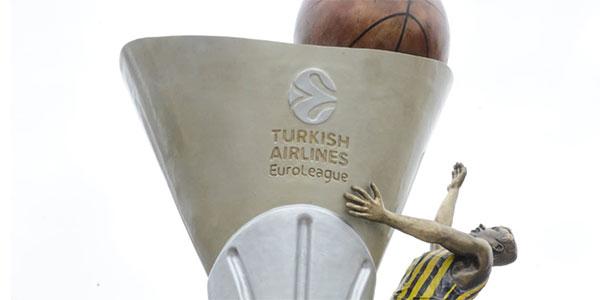 Fenerbahçe'nin Euroleague kupası anıtlaştırıldı