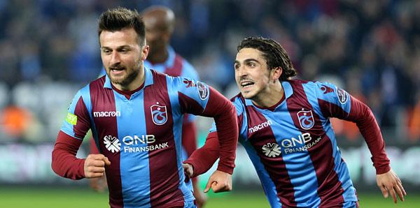 Trabzonspor'un altın çocuklarından 13 puan katkı...