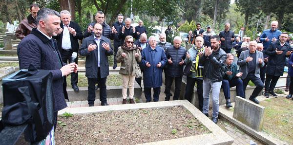 Fenerbahçe'de eski milli oyuncu Serkan Acar anıldı