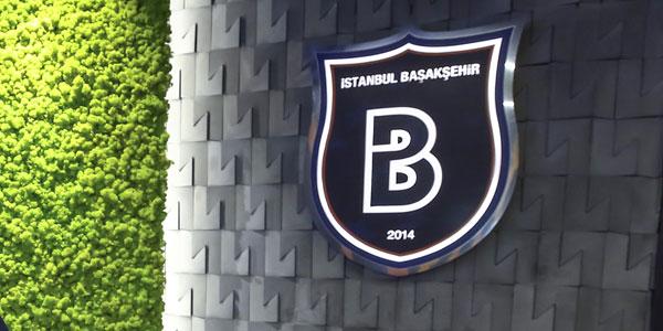 Başakşehir bu sabah tweet attı!<br/> 'İlk defa...'