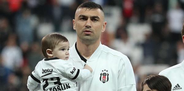 Burak Yılmaz'dan Adana Demirspor'a destek!