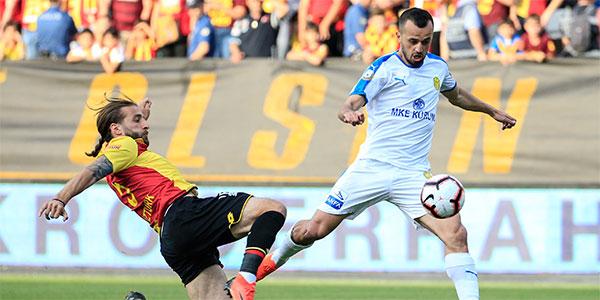 Göztepe, Bursaspor ve Erzurumspor kümede kalma yarışında(CANLI)