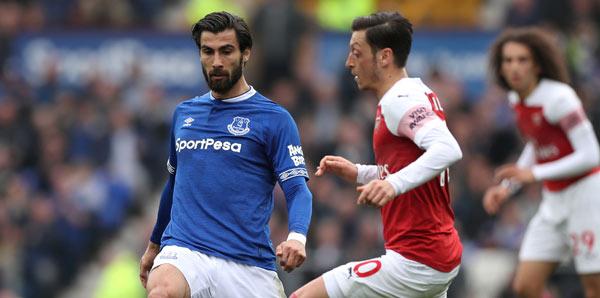 Everton, Barcelonal yıldızı transfer etti