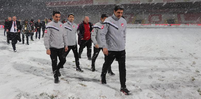 Boluspor - Galatasaray maçına kar engeli!