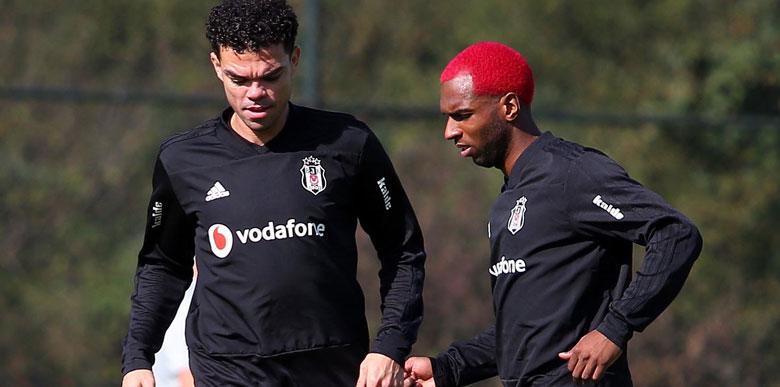 Beşiktaş'ta 3. ayrılık! Onay çıktı...