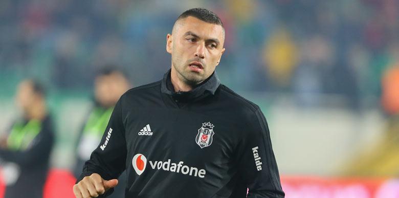 """Beşiktaş'ta Burak Yılmaz tepkisi! """"Hırsız istemiyoruz"""""""