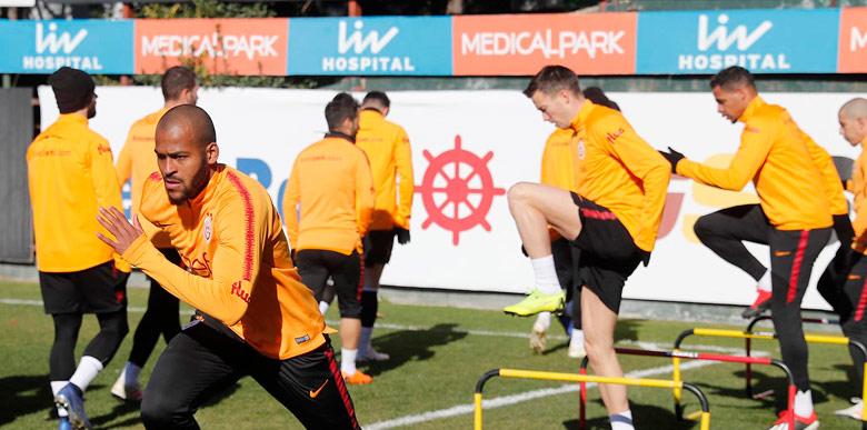 Galatasaray'da forvet krizi sürüyor!
