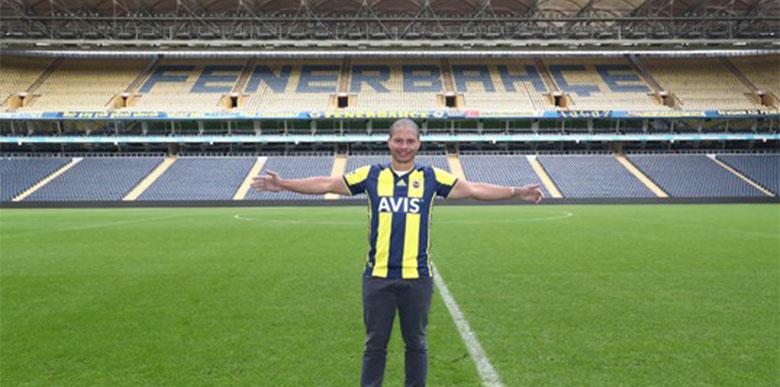 Alex de Souza 7 yıl sonra Kadıköy'de...