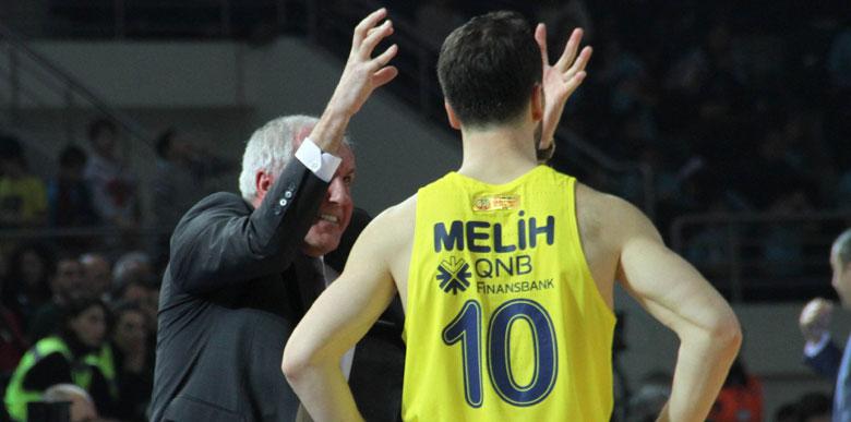 Obradovic, kaptan Melih'i fırçaladı